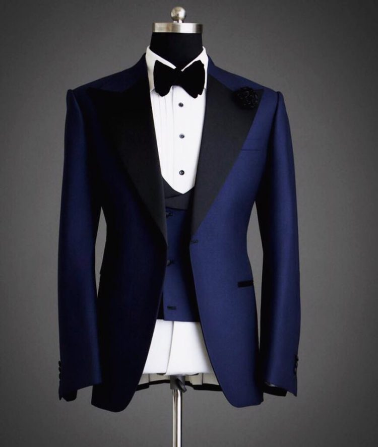 Men's Bespoke Three Piece Suit -Outfit Code 8053