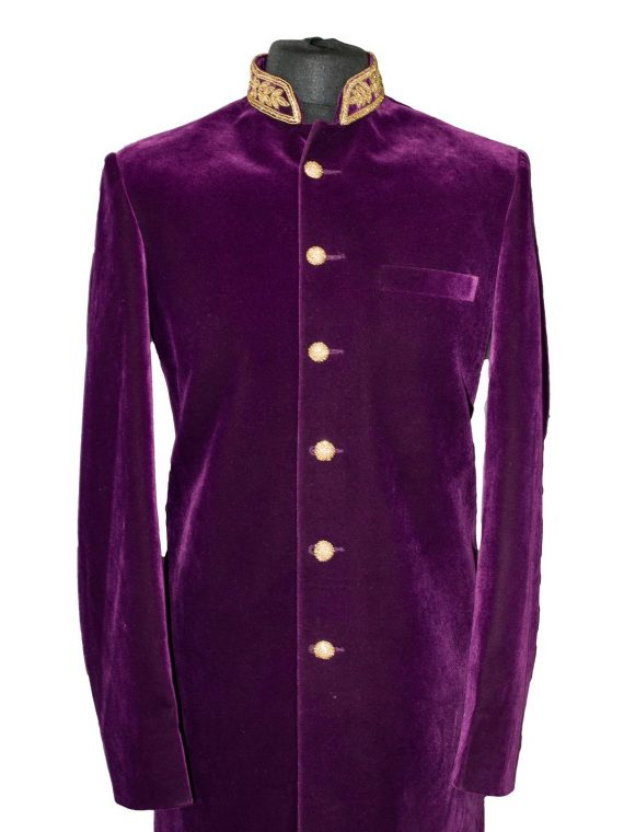 Indian Men's Elegant Classic Purple Sherwani Wedding Outfit. Size M - GR11